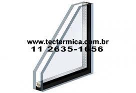 Visor em vidro duplo insulado para adega climatizada - Detalhe de fabricação
