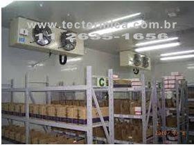 Camara frigorifica - A luz ultravioleta esteriliza a mercadoria armazenada